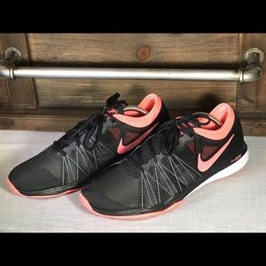 Nike Training Dual Fusion Hit Light Weight